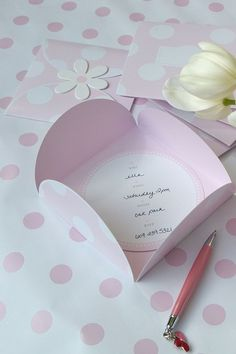 Such a pretty invitation for a little girls party