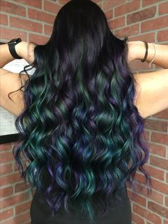 So obsessed with my new mermaid-y, oil slick-y hair! Now to find cool ways to style it! Color courtesy of Sarah Bailey at Dye to Style Salon in San Diego, CA