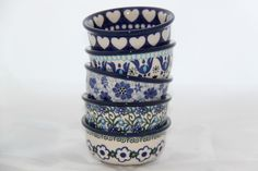 I love these little dessert dishes! Earthenware, Stoneware, White Polish, Dessert Dishes, Plate Design, Pottery Making, Polish Pottery, Pottery Bowls, Tea Bowls