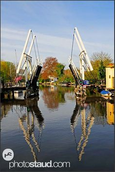 Bridge opening for passing boats, Holland
