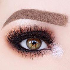Professional Makeup & Beauty Artist
