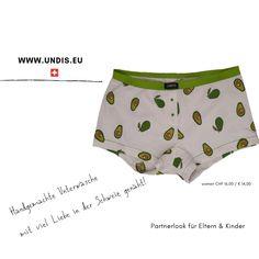 UNDIS www.undis.eu die bunten, lustigen und witzigen Boxershorts & Unterhosen für Männer, Frauen und Kinder. Handgemachte Unterwäsche - ein tolles Geschenk! #undis #kinderzimmerideen #kinderzimmerjunge #nähen #diy #kinderzimmermädchen #kindergarten #womensfashion #modischeoutfits #herrenbekleidung #herrenboxershorts #damenunterwäsche #männergeschenke #frauengeschenke #handmade #selfmade #familie #kids #boys #girls Casual Shorts, Avocado, Women, Fashion, Self, Sew Gifts, Gifts For Women, Funny Underwear, Men's Boxer Briefs