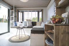 Genieten van het uitzicht vanuit je eigen woonkamer! #uitzicht #genieten #interieur #decoratie #stoerbuiten
