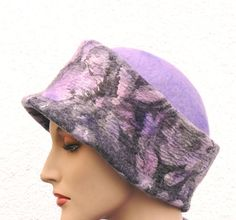 Nuno felted hat wool and silk - warm autumn Handmade Nuno felting technique. Premium quality wool and silk. Fun, unique clothes, fashion accessories. It is very easy and pleasant to wear.  Size: average size head.
