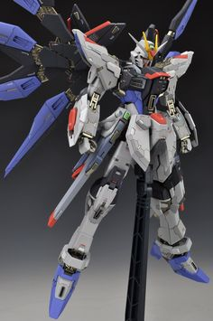 GUNDAM GUY: MSB 1/100 Strike Freedom Gundam - Painted Build