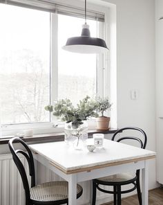 First I had my eye on this beautiful apartment in Gothenburg when lovely Lisa Marie Andersson (who is the stylist behind this apartment) posted some photos of it on her Instagram feed