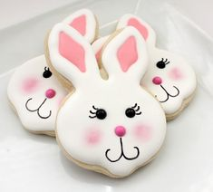 Easter Blushing Bunny Cookies