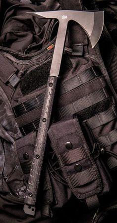 Hardcore Hardware Australia BFT01-G Tactical Tomahawk Axe Black G-10