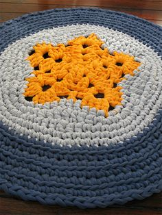 Crochet rug I would do this in red, white and blue for my son (in-law) and daughter