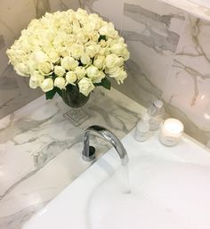 A few of my favourite things  Rebecca #home #bathtub #roses #candle #voluspa #beautiful #whiteroses #love #crystal