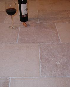 Flagstone flooring filled with character, texture and authenticity. Take a look at our beautiful range of traditional and contemporary styles. Flagstone Flooring, Underfloor Heating, Modern Luxury, Rustic Farmhouse, Different Colors, Tile Floor, Tiles, Burgundy, Room Tiles