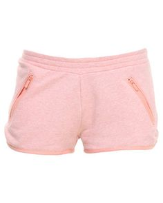 Turn up the volume on your summer style with the Adidas PB Shorts. The simple design is pink incolour and features two diagonal zip-up pockets and high hemlines. Make themost of the summer season with these stylish shorts. Wear them with a black,low hemline vest and blue sneakers for a chic urban street wear look.
