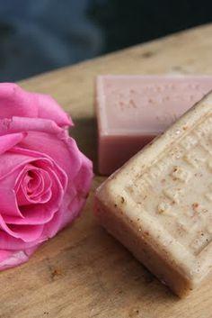 Rachaduras na pele - porque ocorrem e como usar aromaterapia para combatè-las.