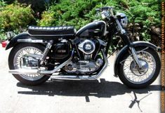 Photo of 1970 XLH Harley 883cc IronHead Sportster by Richard.