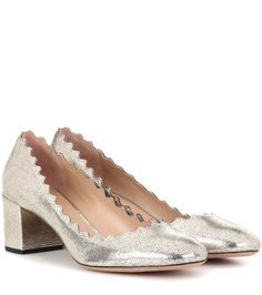 Chloé - Lauren metallic leather pumps - Chloé's Lauren leather pumps will prove to be a day-to-night wonder. They're shaped with a round toe and block heel crafted from crackled metallic champagne leather for statement-making appeal. We love the signature scalloped edges. Dress yours down with slouchy denim or style yours simply with a dress for a dinner date. seen @ www.mytheresa.com