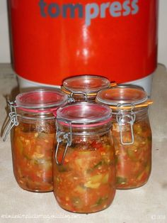 Nicoise, Ketchup, Mason Jars, Food And Drink, Canning, Fruit, Sauces, Tasty Food Recipes, Preserve