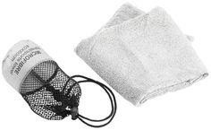 Mykt og kompakt lettvektshåndkle laget av mikrofiber. Tørker raskere enn et vanlig håndkle. 135x70