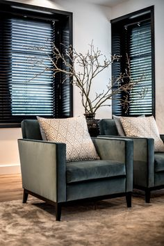 Interior Design Inspirations: How To Get A Luxury Living Room Style Decor Living Room Chairs, Living Room Interior, Home Living Room, Living Room Designs, Elegant Home Decor, Elegant Homes, Interior Desing, Interior Design Inspiration, Luxury Interior