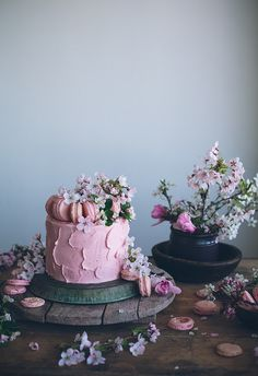 Chocolate and Vanilla Cake and Strawberry Buttercream by Call me cupcake, via Flickr #foodstyling #foodphotography