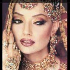 Beautiful Indian wedding makeup