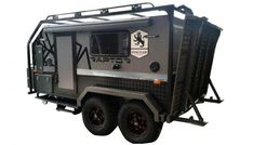 ROYAL FLAIR RAPTOR - Unsealed 4X4 Off Road Camping, Jeep Camping, Camping Hacks, Teardrop Trailer Plans, Trailer Build, Adventure Trailers, Adventure Campers, Adventure Time, Overland Truck