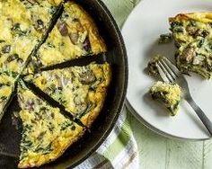 Frittata aux épinards et blettes de ma grand-mère : http://www.cuisineaz.com/recettes/frittata-aux-epinards-et-blettes-de-ma-grand-mere-70616.aspx