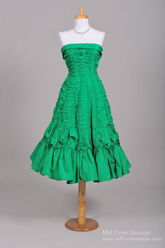 1950 Green Silk Taffeta Vintage Party Dress