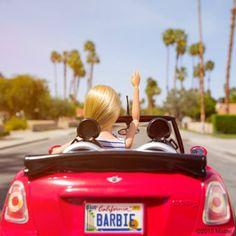 Barbie Takes Coachella Barbie Go, Barbie Summer, Barbie Life, Barbie World, Mattel Barbie, Barbie Style, Barbie Cars, Pink Jeep, Fashion Dolls