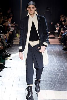 Yohji Yamamoto - Men Fashion Fall Winter 2015-16 - Shows - Vogue.it