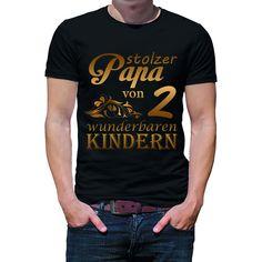 Herren T-Shirt Modell: Stolzer Papa von 2 wunderbaren Kindern. Farbe, Größe und individuelle Motivposition können von Ihnen ausgewählt werden. #tshirt #Bekleidung #lustig #Geschenk #Herren #Unisex #Papa