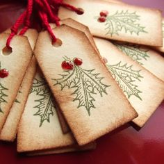 Grunged Holly Christmas Tags...