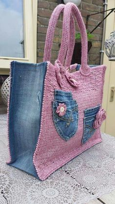 Crochet jeans bag – # Crochet – # Crochet – The Best Ideas Bag Crochet, Crochet Shell Stitch, Crochet Handbags, Crochet Purses, Chunky Crochet, Jean Purses, Purses And Bags, Patterned Jeans, Denim Crafts