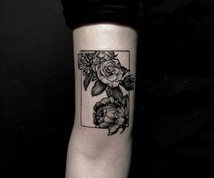 "Floral ""outside the box"" tattoo"