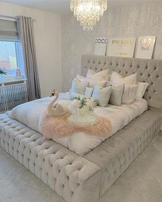 Dream Rooms For Women Chandeliers - Decoration Home Cute Bedroom Ideas, Cute Room Decor, Girl Bedroom Designs, Room Ideas Bedroom, Home Bedroom, Girls Bedroom, Master Bedroom, Bedroom Decor Glam, Hippie Bedrooms