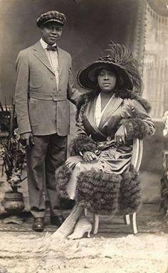 +~+~ Antique Photograph ~+~+  Elegant African American Couple 1910.