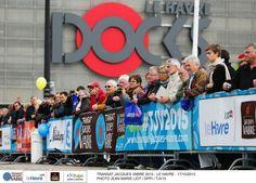 Du monde !!!! Au Havre pour la Transat Jacques Vabre #Like #Voile #SailingDay #Tjv2015 - www.ScanVoile.com