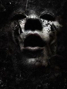 thescariestdarkness:The Craziest Horror Video! All caught on Film Arte Horror, Horror Art, Art Zombie, Kopf Tattoo, Black Art, Black And White, Dark Beauty Magazine, Creepy Photos, Dark Artwork