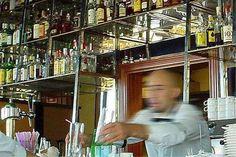 Si apretar una tuerca no te convierte en mecánico, ¿por qué crees que saber hacer un cubata te va a convertir en barman?