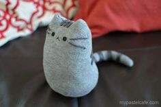 Cat Sock Softie I love simple sewing projects - they are a great way for everyone who is exploring sewing for the first time.. and sock softies make brilliant first sewing projects. Today we share a cat sock softie -