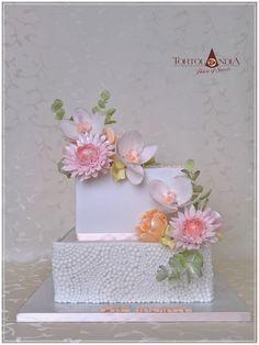 Flowers cake by Tortolandia