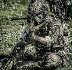 https://www.facebook.com/Military.Maniacs1/photos/a.722060794575661.1073741828.722058091242598/1021633117951759/?type=3