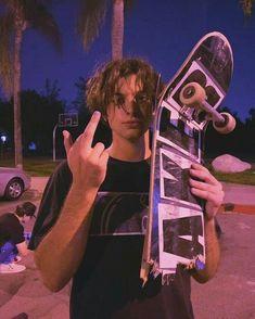 Aesthetic Indie, Bad Girl Aesthetic, Pretty Boys, Beautiful Boys, Hot Skater Boys, Photographie Indie, Skate Boy, Estilo Indie, Skate Style