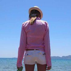 Beach Summer Pink shirt Outfit blue sea