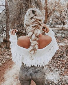Pretty big braid hairstyle , braids , half up half down hair ,partial updo # big Braids outfit 72 Braid Hairstyles That Look So Awesome - Fabmood Winter Hairstyles, Pretty Hairstyles, Braided Hairstyles, Wedding Hairstyles, Perfect Hairstyle, Elegant Hairstyles, Hairstyle Ideas, Partial Updo, Big Braids