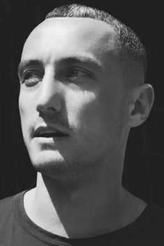 Modeconnect.com Fashion News – February 20, 2014 – Richard Nicoll @ Nicoll_Studio to work his charms on  Jack Wills British preppy aesthetic as part time Creative Director V/ @ BritishVogue