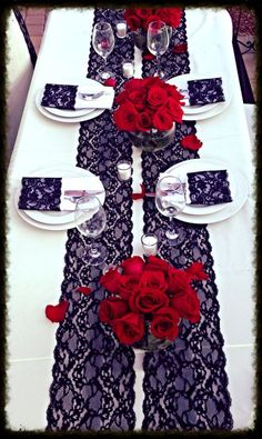 blue and red wedding table Wedding Colors, Wedding Flowers, Wedding Day, Wedding Tables, Lace Table Runners, Lace Runner, Spanish Wedding, Gothic Wedding, Lace Weddings