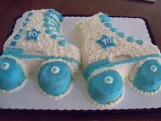 Roller skate cake for birthday party. 8th Birthday Cake, Birthday Cup, 10th Birthday Parties, Birthday Bash, Birthday Ideas, Roller Skating Party, Skate Party, Fun Cakes, Cupcake Cakes