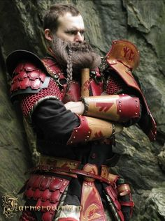 I think I would need the beard to go with this costume!