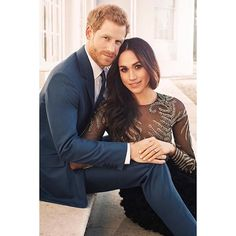 Congratulations to HRH Prince Harry and Megan Markle on your wedding day! @theweddinggalleryofficial wish you a lifetime of joy and happiness together! @kensingtonroyal : @alexilubomirski #PrinceHarry #MeghanMarkle #royalwedding #lovestory #monarchy