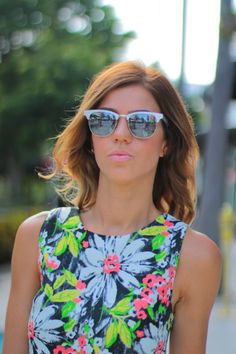 clubmaster sunglasses silver ubxr  vibrant floral crop top, nude steve madden sandals, and Ray-Ban mirrored  Lens Metal Clubmaster Sunglasses, Silver Ombre mid length or midi hair